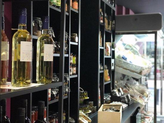 Cinque Wine Delights