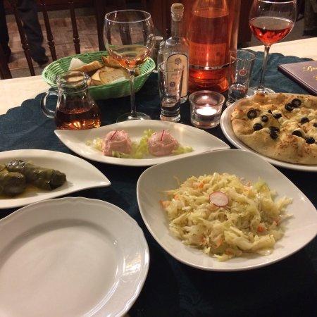 Bobingen, Deutschland: Die Speisekarte mit den kleinen Gerichten ist perfekt, da ist für jeden etwas dabei