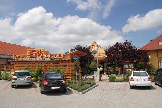Balatonakali, المجر: Parkoló