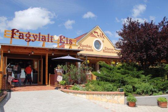 Balatonakali, المجر: Fagyizó
