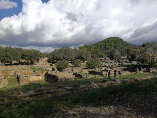 Ancient Olympia: Древняя Олимпия.