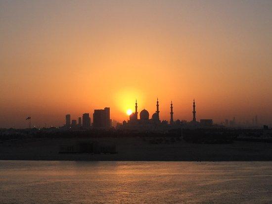 Shangri-La Hotel, Qaryat Al Beri, Abu Dhabi รูปภาพ