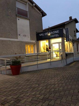 Hotel du Val de Saone Photo