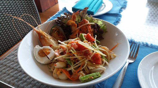 Royal Cliff Beach Hotel: tasty dish and cheap price!