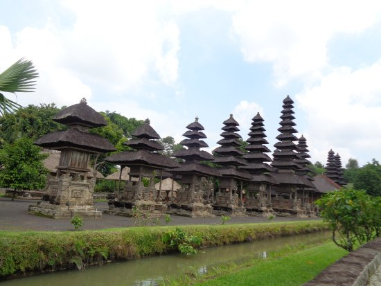 Mengwi, Indonesia: the temples