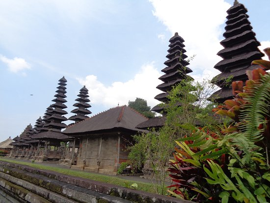 Mengwi, Indonesien: the temples