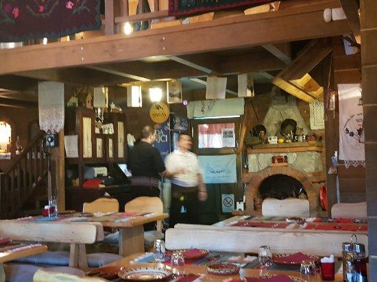 Kraljevo, Serbia: Etno Restoran Brvnara