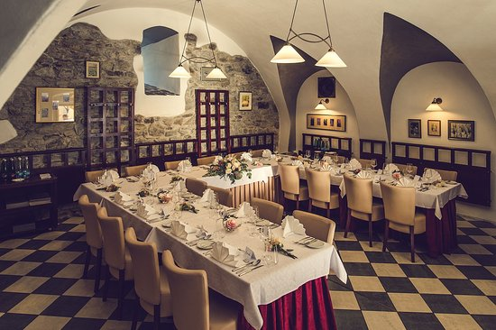 Le jardin cesky krumlov restaurantanmeldelser tripadvisor for Le jardin restaurant haguenau