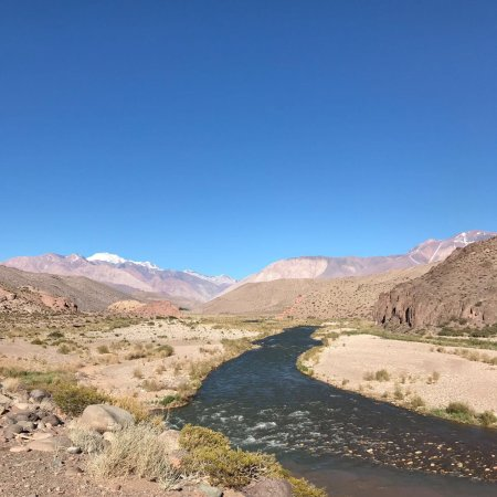 Barreal, Argentina: Prachtig gebied - de een na hoogste berg beklommen . Nog niet ontdekt 2 uur reizen per auto er n