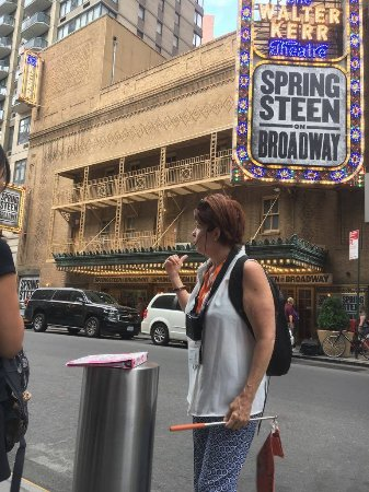 Inside Broadway Tours: Inside Broadway Tour. Guide Alison England