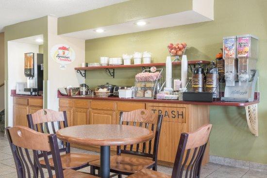 Maysville, KY: Breakfast Area