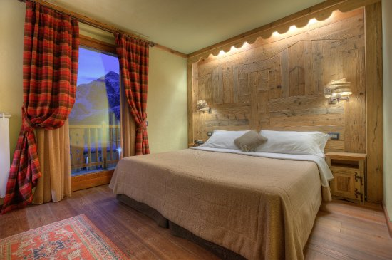 Hotel meuble mon reve updated 2018 reviews price for Hotel meuble mon reve cervinia