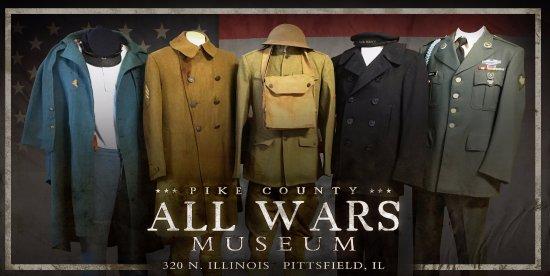 Pittsfield, إلينوي: Uniforms