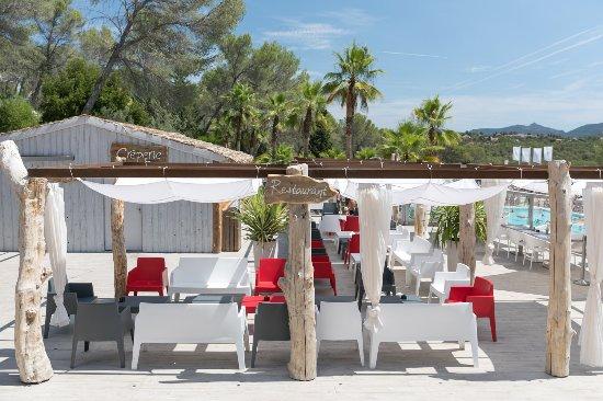 Holiday Green Resort & Spa : Terrasse Resto & Creperie