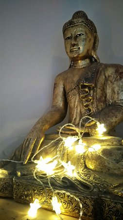 Hebden Bridge, UK: Buddha room