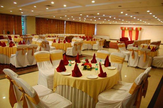 Shivalik View: Majlis Hall - The Ballroom