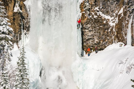 Bend, OR: Tumalo Falls Ice Climbing