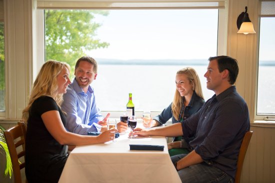 Golden Lake, Canada: Lakeview Dining