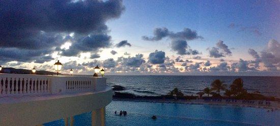 Grand Palladium Jamaica Resort & Spa: View from Infinity Bar area...favorite lounge hangout