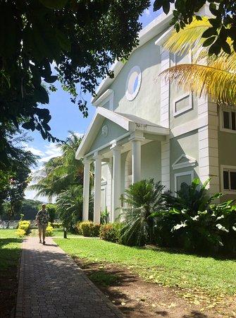 Grand Palladium Jamaica Resort & Spa: Our villa was in this building