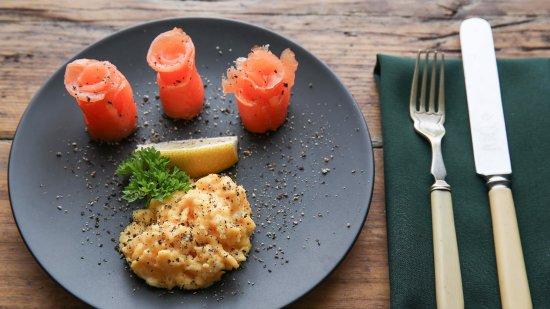 Three Abbey Green: Scrambled eggs and smoked salmon