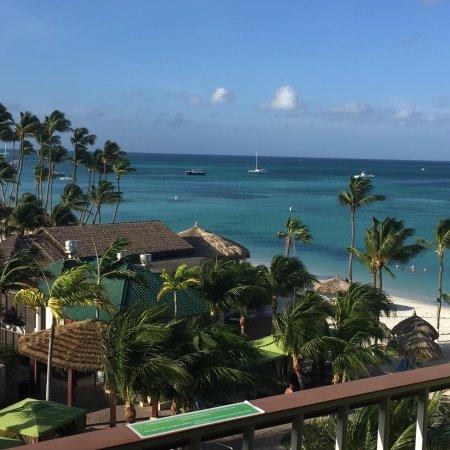 Holiday Inn Resort Aruba - Beach Resort & Casino: Vista desde la habitación!!