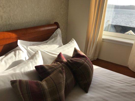 Gairloch, UK: Gorgeous Autumn views from our double en-suites!