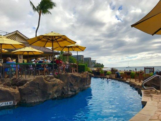 Sheraton Maui Resort Spa Restaurant Bar