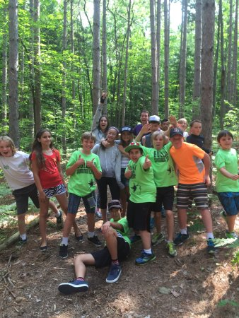 Barrie, Kanada: Our 9-14 yr old leadership camp is all about fun and self esteem building!