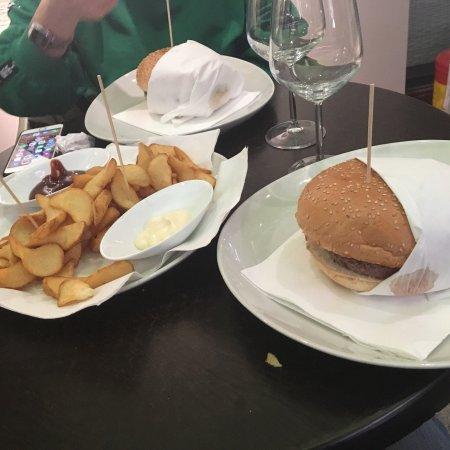 Gorgonzola, Włochy: Vengo qua tutti i giorni  Troppo buono!! 😋
