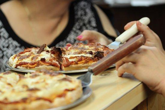 Woodstock, Canada: Custom pizzas made fresh