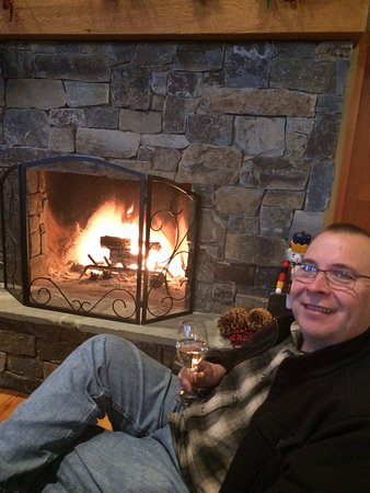 White City, OR: Relaxing by the fire on a cold and rainy day!