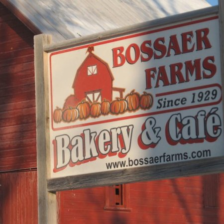 Attica, Индиана: Bossaer Farms Bakery and Cafe