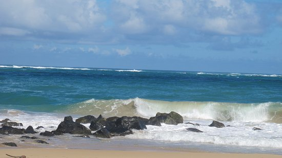 San Juan Marriott Resort & Stellaris Casino: Avoid surfing when the waves are big