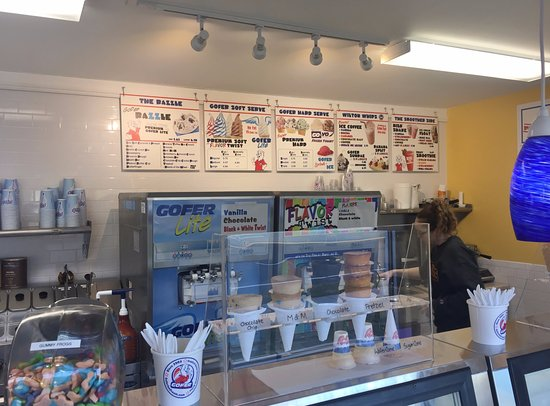 Gofer Ice Cream Service Counter & Menu, 379 Danbury Rd, Wilton CT