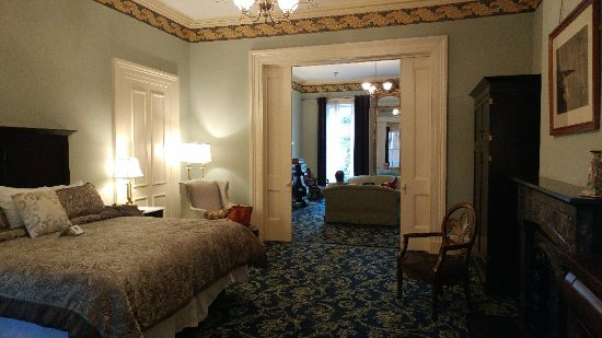 Linden Row Inn: 1206171509a_large.jpg