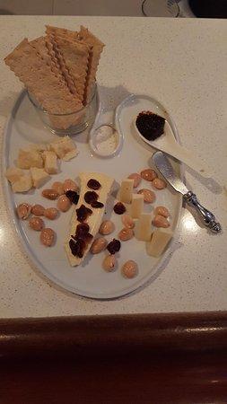 Corte Madera, CA: Cheese plate