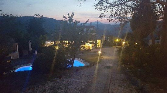 Montefiore Conca, Italia: 20170624_213339_large.jpg