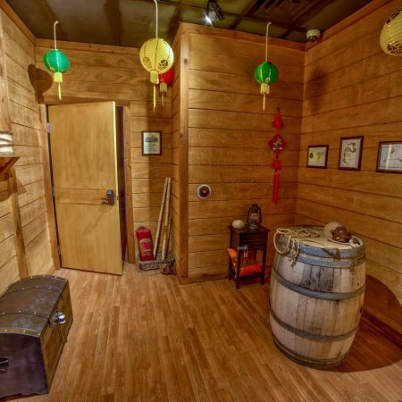 These are the 5 rooms at Escapology Butte MT.