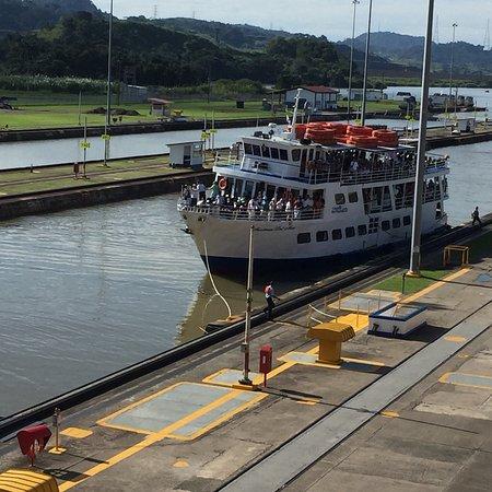Miraflores Restaurant At The Panama Canal: photo0.jpg