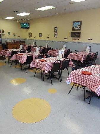 Dayton, TN : Ellie's Catfish Cafe