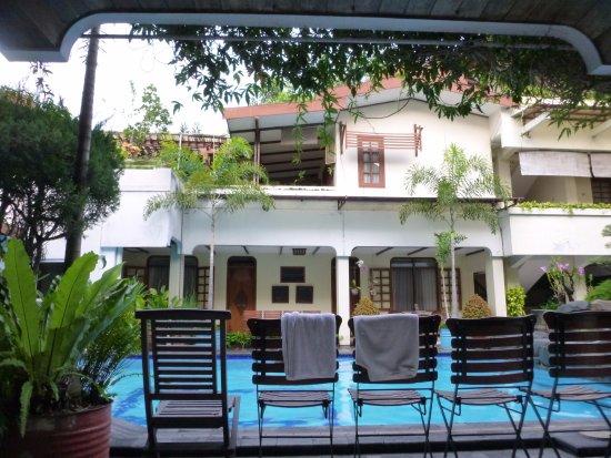 Duta Guest House Photo