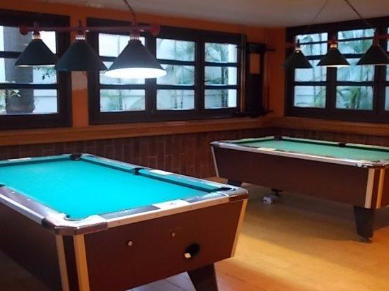 Hotel Riu Ocho Rios: Sports Bar