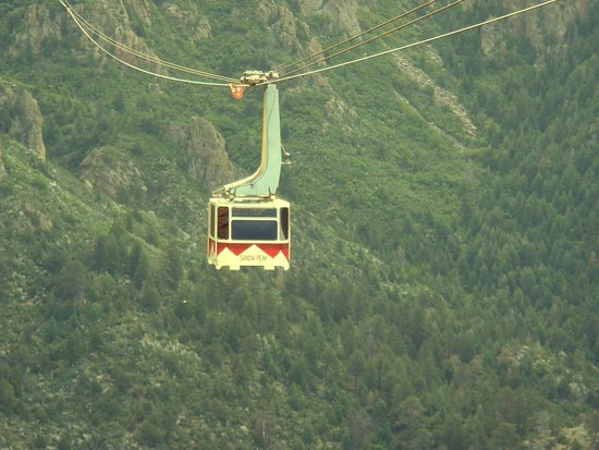 Sandia Peak Tramway: View from one tram to another approaching tram.