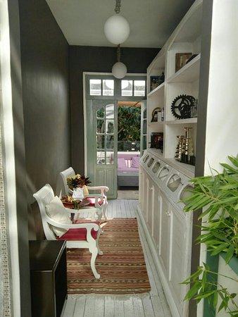 Hotel Villa Condesa: IMG_20170918_101635_large.jpg