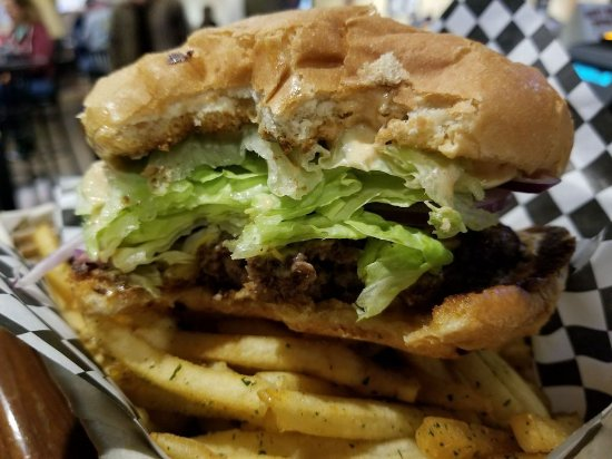 Sparks, NV: Awful Awful Burger and Fries