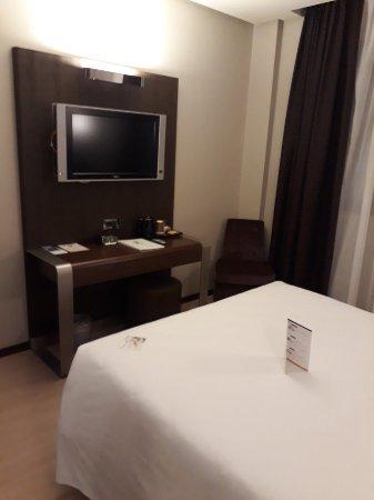 Best Western Hotel Goldenmile Milan: 20171025_190355_large.jpg