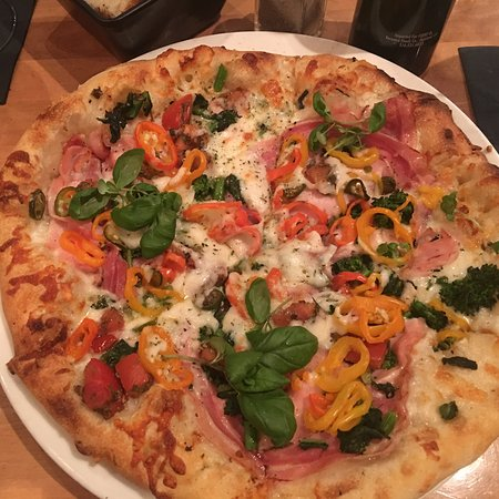 Tuscan Brick Oven Bistro: Back for more great food.