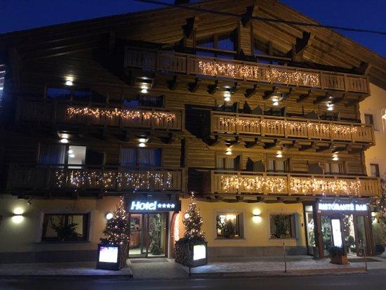 Hotel Amerikan Picture