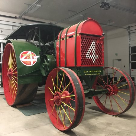 Monticello, UT: Big Four Tractor